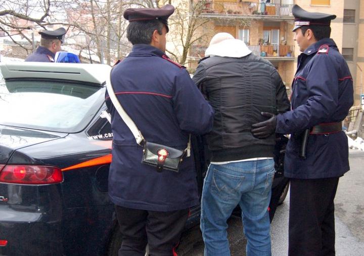Napoli: 10 arresti per minacce a un pentito per costringerlo a ritrattare
