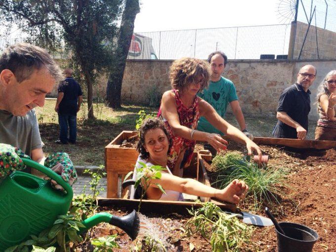 """Bari: inaugurato il progetto """"Tutti pazzi per l'orto"""" per persone con disabilità"""