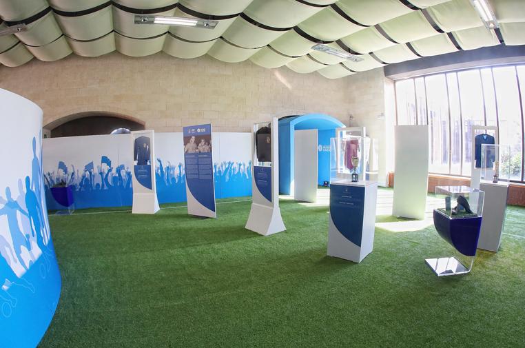 Fa tappa da oggi a Bari la mostra itinerante del calcio di Coverciano