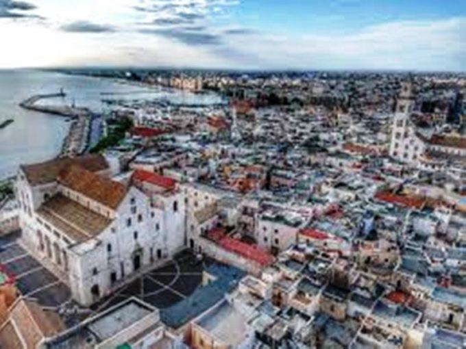 """Bari: pronto il bando """"Rigenerazioni creative"""" per il recupero di spazi pubblici"""
