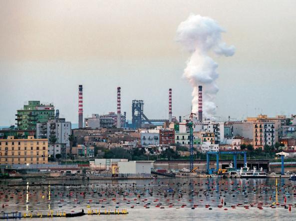 Taranto, Borraccino: Arcelor Mittal esternalizza il lavoro a scapito dei lavoratori ex Ilva