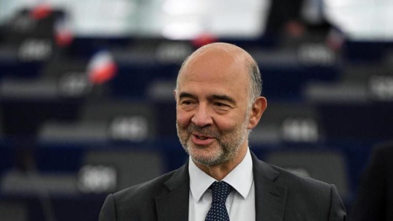 """Moscovici: superamento del deficit del 3% della Francia """"concepibile"""", i due pesi e due misure dei burocrati europei!"""