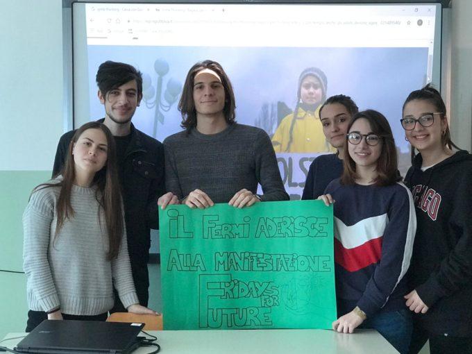 """Catanzaro: Studenti del liceo E. Fermi e Consorzio di Bonifica insieme per il """"Global strike for future"""""""