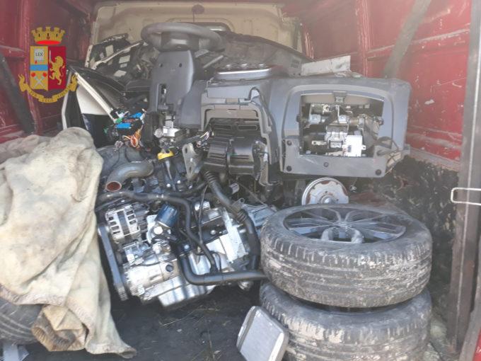 Operazione della Polizia di Stato per i furti auto nel casertano