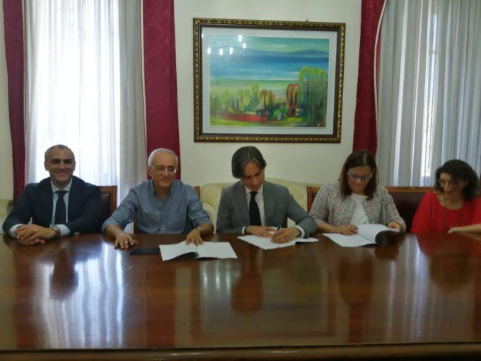 Reggio Calabria: il Comune e il Centro Agape firmano accordo sull'affido di minori