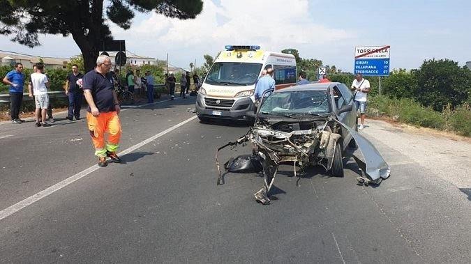La statale ionica 106 miete altre vittime, gravissimo incidente a Corigliano - Rossano