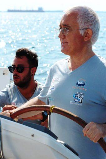 """A Taranto un sabato in mare con """"Salpiamo"""", l'esperienza della barca a vela come veicolo d'integrazione sociale"""