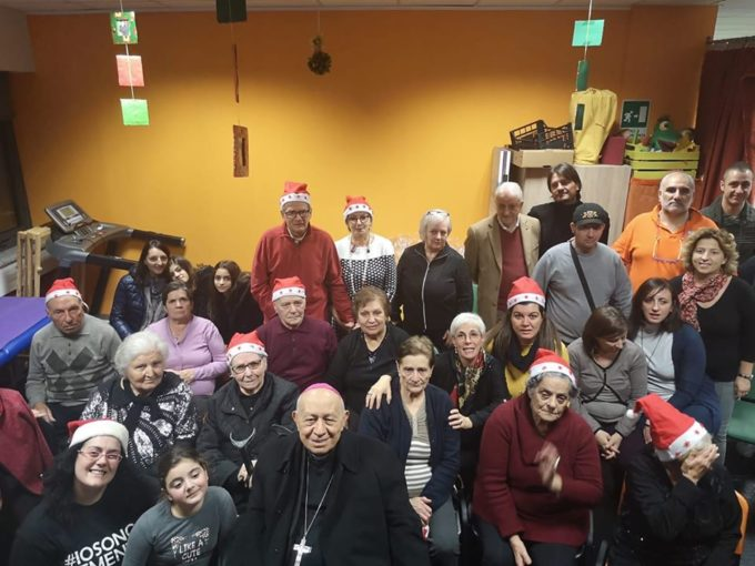 Catanzaro: gli auguri di Natale all'Associazione Ra. Gi. con l'Arcivescovo Emerito mons. Cantisani
