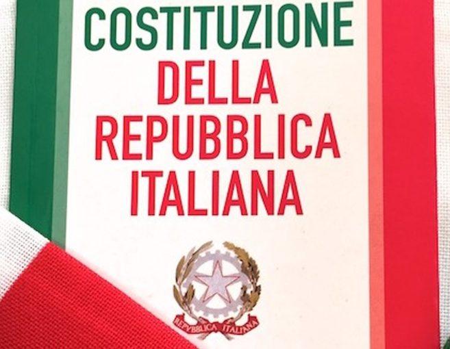 Salerno: il Comune regala copia della Costituzione ai neo maggiorenni