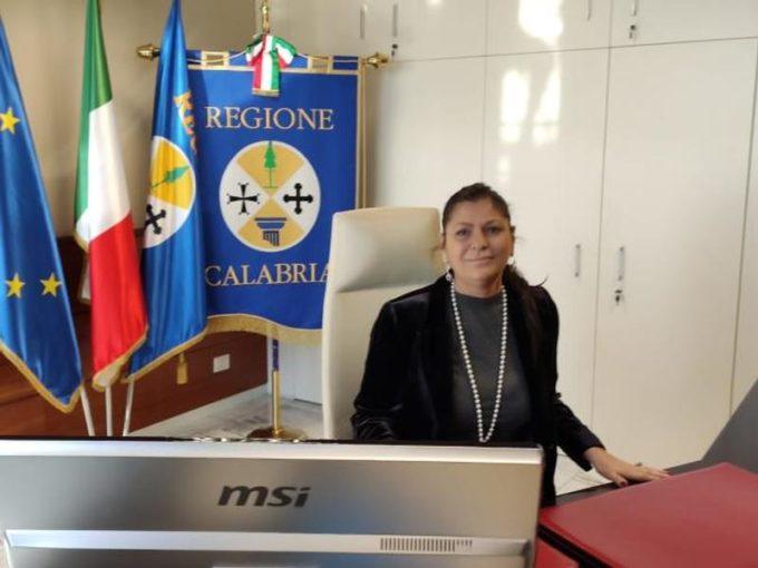 Quarantena obbligatoria per chi arriva in Calabria, nuova ordinanza del Presidente della Regione