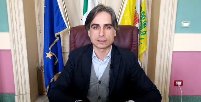 Il Sindaco Falcomatà contro l'ordinanza della Governatrice Santelli: a Reggio Calabria resta tutto chiuso