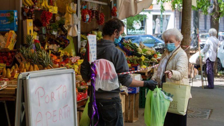 Reggio Calabria: riaprono mercati e fiorai