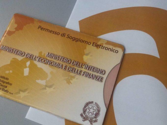 Salerno: dal 25 maggio riapertura degli sportelli al pubblico dell'Ufficio Immigrazione.