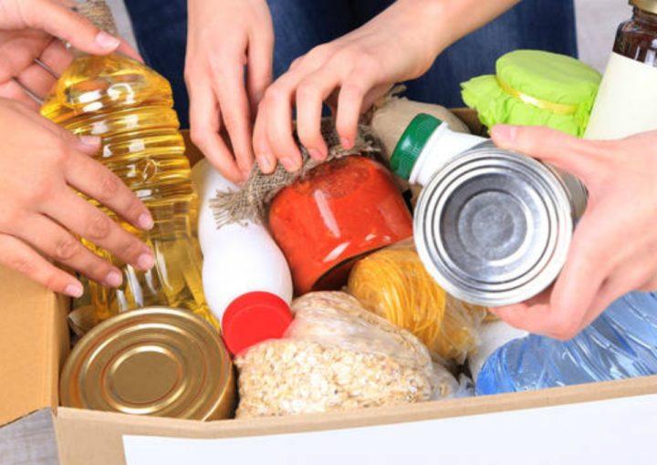 Lecce: continua attività di raccolta e distribuzione generi alimentari