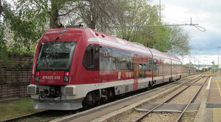 Puglia: dal 14 giugno parte l'orario estivo delle Ferrovie Sud Est, tanti i collegamenti con le località turistiche