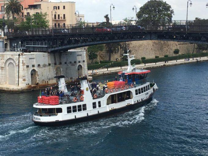 Taranto: da domani,20 giugno, tornano le idrovie per raggiungere  l'isola di San Pietro
