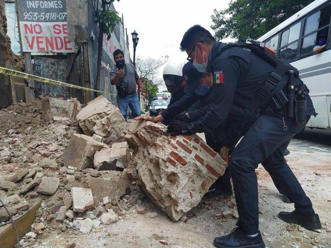 Terremoto Messico: almeno 4 morti e decine di feriti, pericolo tsunami