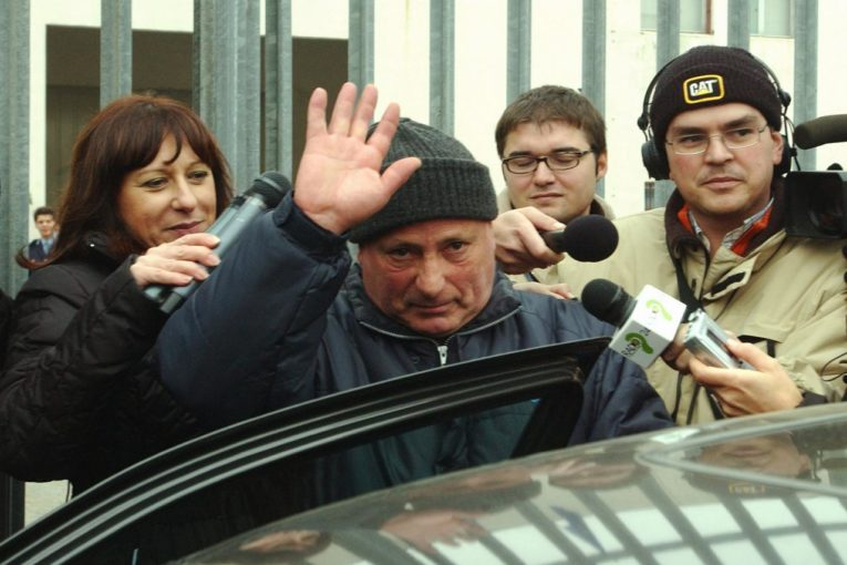Il Bandito sardo Graziano Mesina, dopo la condanna definitiva a 30 anni, di nuovo latitante