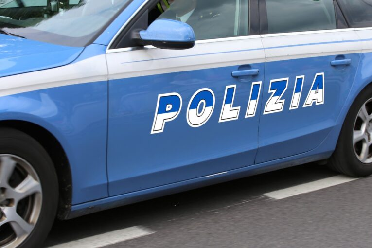 Infiltrazioni criminali nel settore del trasporto infermi e delle onoranze funebri nel salernitano, 11 arresti