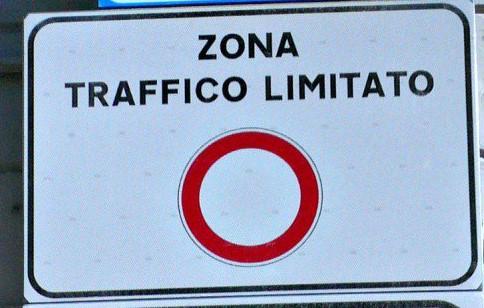 Lecce: agevolazioni pass ztl per consegne a domicilio