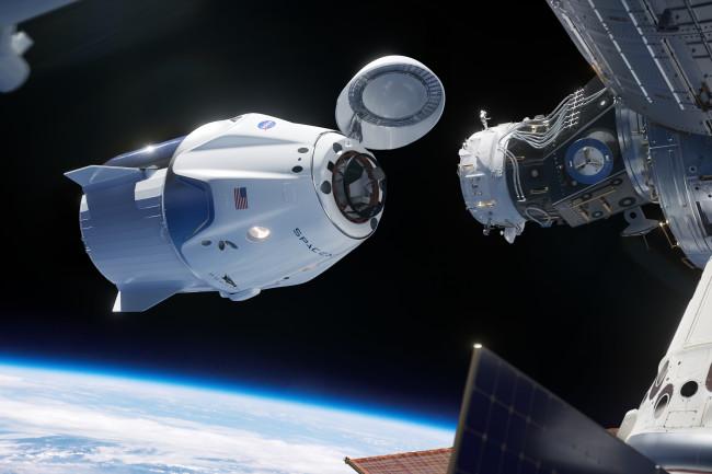 La navicella spaziale Crew Dragon ha raggiunto la Stazione Spaziale Internazionale