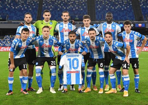 Serie A, risultati e classifica  della 9^giornata: Milan tenta la fuga, Napoli a valanga sulla Roma nella giornata dedicata a Diego