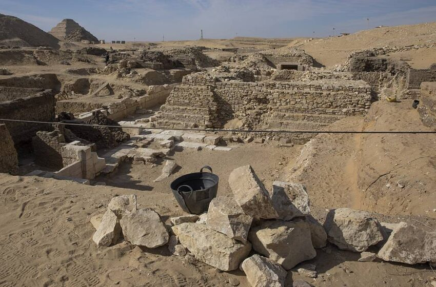 Città di 3400 anni perduta nel deserto scoperta a Luxor in Egitto