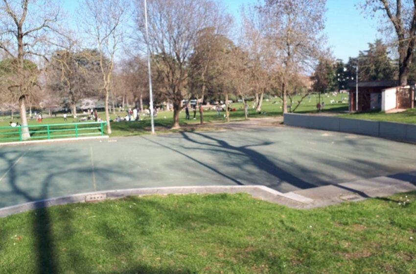 Bari: chiusura giardini e parchi recintati