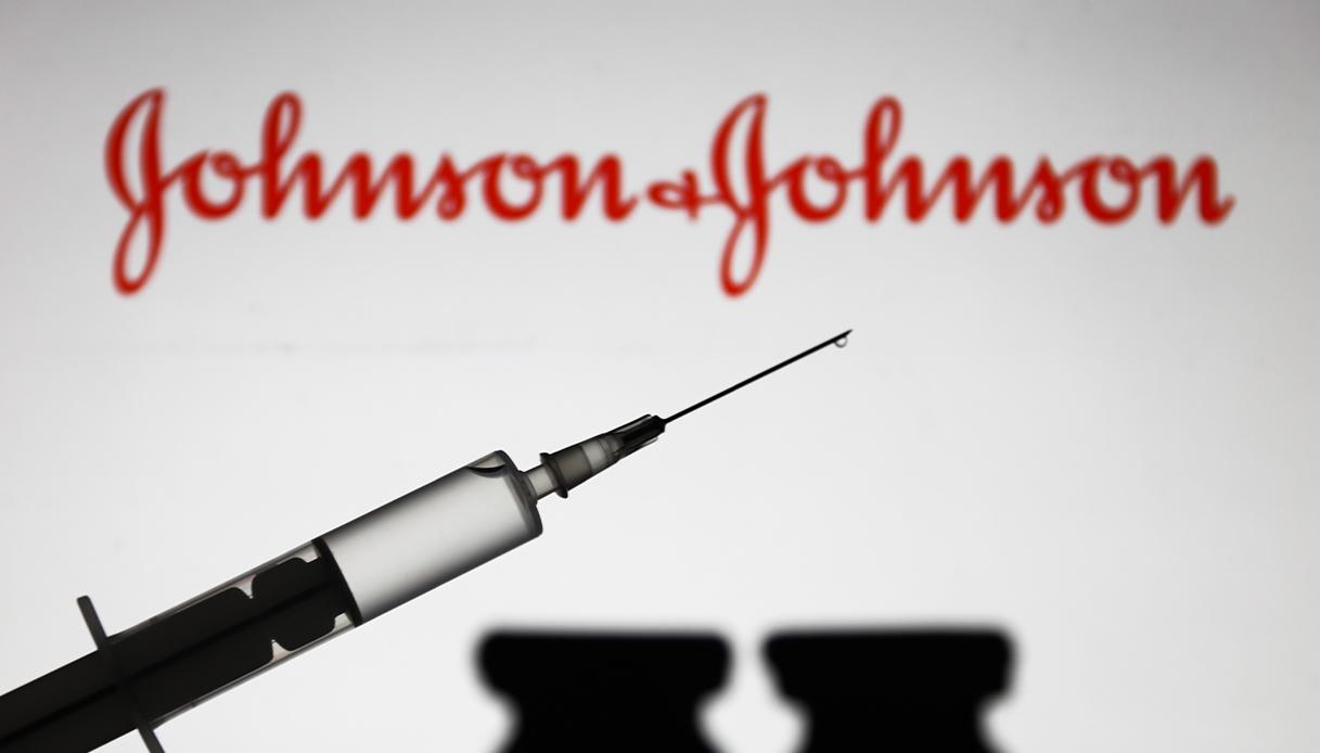 Le agenzie sanitarie USA chiedono la sospensione dell vaccino Johnson & Johnson