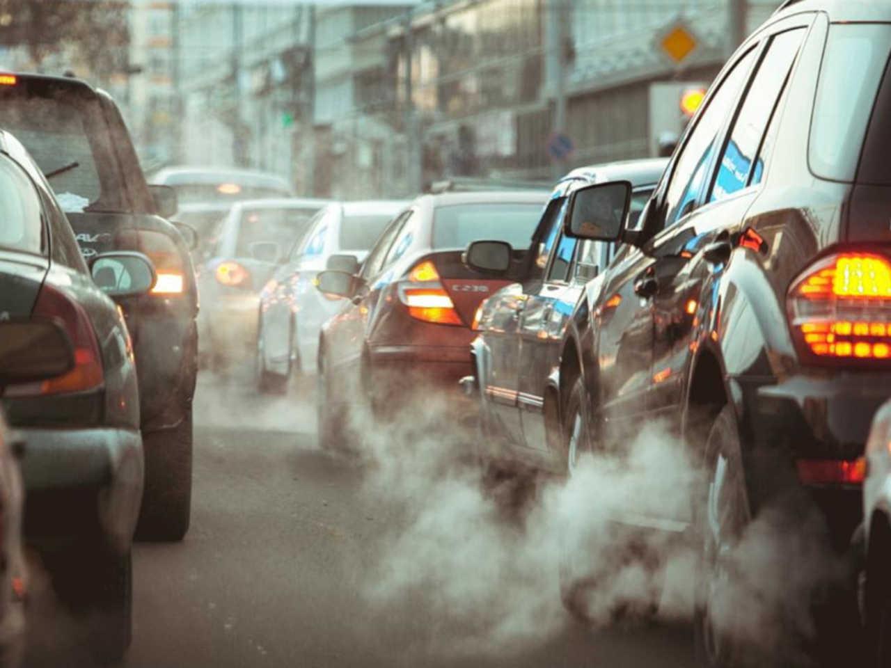Napoli, chiusura al traffico: basta provvedimenti spot, le associazioni ambientaliste chiedono misure serie ed efficaci contro l'inquinamento